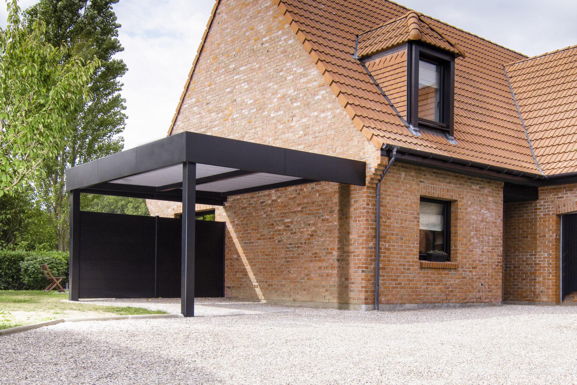 Carport aluminium Horizon adossé et brise-vues Prestliame